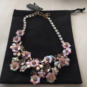 BNWT 💕J crew rose gold  petals statement necklace